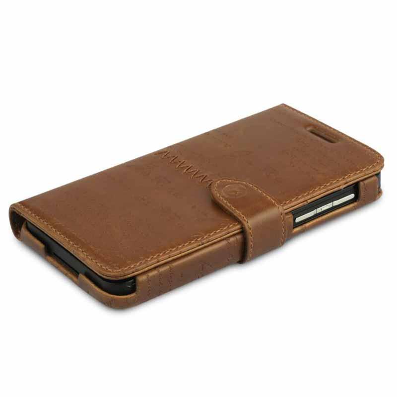 800_______etui-housse-cuir-format-agenda-blackberry-z-10-zenus-masstige-lettering-diary-marron-detail1_7244
